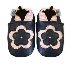 Acogedoras y suaves zapatos de cuero para bebé niña con suela de gamuza Dotty Fish Diseño De Flor – 0-6 Meses – Azul Marina Y Rosa Ver más http://bebe.deskuentos.es/comprar/zapatos/acogedoras-y-suaves-zapatos-de-cuero-para-bebe-nina-con-suela-de-gamuza-dotty-fish-diseno-de-flor-0-6-meses-azul-marina-y-rosa/
