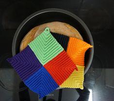 Vintage domino grydelapper Pot Holders, Knit Crochet, Knitting, Place Mats, Vintage, Tips, Ganchillo, Creative, Summer