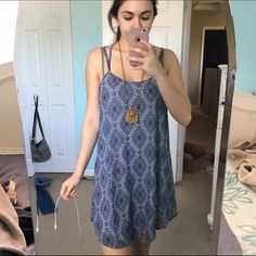 HAS TO GO NWT L Strappy shift dress Modeled on a small. I think this could fit a medium. No flaws, gorgeous print and colors! Originally $45. CHEAPER ON MERC   I NEED TO CLEAR OUT MY CLOSET ASAP. BUNDLES GET HUGE DISCOUNTS!   Any questions just ask! Multiple items get big discounts! Make me an offer! DO NOT ASK LOWEST! I NEED to get rid of everything!   Smoke free but pet friendly! (There might be some stray cat hair even though I always lint roll before sending things out!)   Check out my…