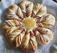 """Singapore Home Cooks: Airfried """"Nutella Braided Bread"""" by Sirlina Lee Christmas Bread, Christmas Breakfast, Christmas Star, Bread Twists, Bread Bun, Bread Recipes, Cooking Recipes, Star Bread, Braided Bread"""