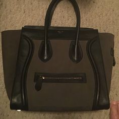 💄Celine  my private Collection not Selling One of my pride enjoys my Celine  just wanted to show you a little bit of my taste in a little bit about me. Enjoy ladies#Celine Celine Birkin Bags