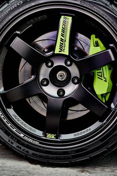 Rays Volk Racing TE37 Rims And Tires, Rims For Cars, Wheels And Tires, Car Wheels, Toyota Camry, Toyota Corolla, Honda Civic, Jetta A4, Corsa Wind