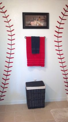 Cardinals Baseball Bathroom   Start with the seams, add the birds on the bat