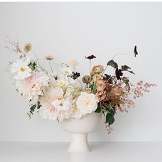 @flourishbykay designed this incredible arrangement in one of my compotes!