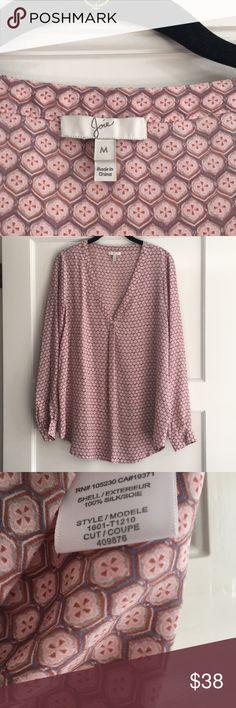 Joie Silk Rose Pattern blouse Size M 100% Silk Joie Blouse, V neck, tunic hem, size M Joie Tops Blouses