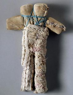 Louise Bourgeois http://hakmeetstak.tumblr.com/post/45915626996