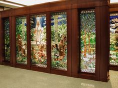Visitation of Christ to the Nephites Stained Glass window San Paulo Brazil LDS Temple Holdman Studios