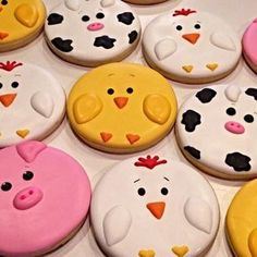 Decorated Sugar Cookies 98137 Animal Cookies Decorated Ideas Lots Of Inspiration - Easy Recipes Home Farm Cookies, Cookies For Kids, Iced Cookies, Cut Out Cookies, Easter Cookies, Cupcake Cookies, Cute Cookies, Decorated Sugar Cookies, Decorated Cupcakes