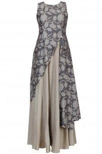 Anushree presents Dark grey floral printed asymmetric maxi dress available only at Pernia's Pop Up Shop. Batik Fashion, Abaya Fashion, Muslim Fashion, Indian Fashion, Womens Fashion, Kurta Designs, Blouse Designs, Mode Batik, Dress Brokat