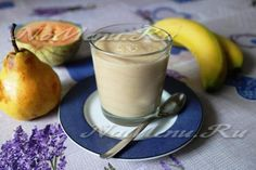 Йогуртовый смузи с овсянкой и фруктами