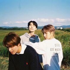 Nct 127, Huang Renjun, Taeyong, Boy Groups, The Unit, Yellow, Jaehyun, Ig Post, Korean Boy Bands