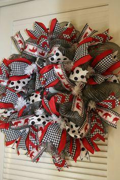 Items similar to Alabama Wreath, Houndstooth Wreath, Crimson Tide Wreath, Add your own monogram on Etsy Alabama Football Wreath, Alabama Wreaths, Fall Wreaths, Christmas Wreaths, Alabama Room, University Of Alabama, Clemson, Alabama Crimson Tide, Fall Decorating