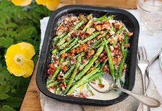 Überbackene Fisolen mit Bergkäse Asparagus, Green Beans, Side Dishes, Vegetables, Healthy, Food, Souffle Dish, Easy Meals, Studs