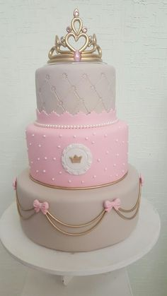 65 Ideas For Birthday Cake Ideas For Girls Fondant Baby Shower Tiara Cake, Crown Cake, Cupcake Birthday Cake, Birthday Cake Girls, Princess Birthday, Deco Baby Shower, Baby Shower Cakes, Princesse Party, Prince Cake