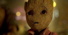 AMarvel divulgou um novo comercial para TV deGuardiões da Galáxia Vol. 2 focado no temperamento instável doBebê Groot. No vídeo, vemos o personagem enfrentando um grupo improvável de oponentes! ACasa das Ideias encontrou sua mina de ouro emGuardiões da Galáxia. Personagens comoGroot eRocky Racum transformaram-se em sucessos instantâneos entre o público, o que levou o …