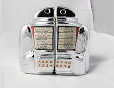 Vandor Vintage Jukebox Wallbox Salt & Pepper Shakers by PastTastic