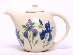 Emerson Creek Pottery Seeking that perfect wedding or housewarming gift? Or perhaps you would prefer your afternoon tea from a quality American ceramic vessel as elegant as it is functional. These bea