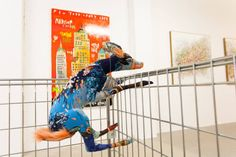 The animals are ready to distract you and enter to your home! - Frédérique Morrel - Loughran Gallery. Photos: Luca Nocera