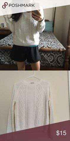 Knit sweater Pre loved condition, no signs of wear. Forever 21 Sweaters