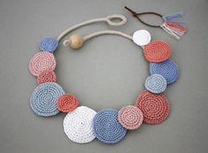 Necklace Circles Crochet Necklace Summer Fashion by stasiSpark Crochet Leaf Patterns, Crochet Jewelry Patterns, Crochet Leaves, Crochet Circles, Crochet Accessories, Bead Crafts, Jewelry Crafts, Geek Jewelry, Gothic Jewelry