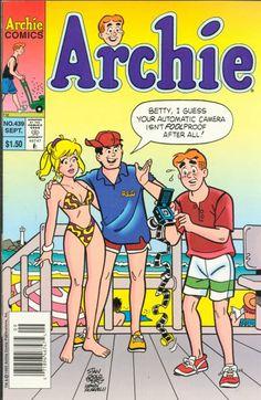 Betty and Veronica comic books Archie Comics Betty, Archie Comics Characters, Archie Comic Books, Archie And Betty, Comic Book Characters, Archie Comics Riverdale, Betty & Veronica, Pulp Fiction Book, Classic Comics