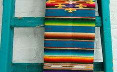 ☝☟escadas - Mexican Saltillo Serape pinned with Bazaart Southwestern Decorating, Southwest Decor, Southwest Style, Southwestern Bedroom, Mexican Textiles, Mexican Rug, Mexican Home Decor, Santa Fe Style, Mexico Style