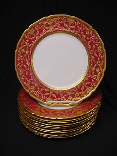 12 Royal Doulton Rich Red & Raised Gold Service Plates