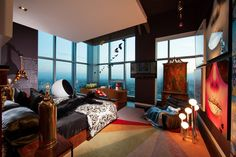 This amazing eclectic Penthouse apartment designed by Belgian interior designer Maxime Jacquet is located in Los Angeles, California. The eclectic Penthouse is Interior Exterior, Home Interior Design, Interior Architecture, High Rise Bed, Las Vegas, Cool Apartments, Deco Design, Dream Bedroom, Bedroom Black
