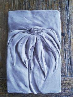 Solid color blue daisy - Clay Bennett - Pam Bennett, New York