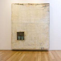 Lawrence Carroll, Untitled, 2011 olio, cera e tela, secchi, scarpe, foglie / oil, wax, canvas, buckets, shoes, leaves 351 x 301 x 30 cm