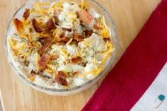 Best Keto Tuna Salad Ever! YUM! That's really all we can say because our mouths are full of this tuna and bacon goodness! Low carb high fat atkins friendly lunch recipe. | ketosizeme.com