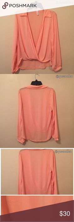 ⚡️Flash Sale⚡️🍑Estam V-Neck Deep Plunge Blouse🍑 🔸NWOT 🔸100% Polyester 🔸V-Neckline 🔸Long Bell Sleeves 🔸Semi-Sheer 🔸Imported 🔸Hand Wash.                                                         This top is gorgeous 😍! An elegant and versatile item you can dress up with trousers & heels 👠or dress down with distressed denim & flats 👡. It's a win-win with this blouse 👍🏼. Photo #3 shows a minor flaw where it was snagged on the back (it was hanging in my closet). Conscious of the…