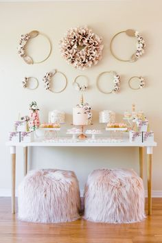 We're blushing over this magical rose gold unicorn birthday bash The fete celebrates one little gal turning 10 - and does so in style! (Link in bio planner backdrops and decor: Cake and Desserts: photographer: Cookies: rentals: Gold Birthday, Unicorn Birthday Parties, Birthday Bash, Birthday Party Themes, Birthday Snacks, Baby Birthday, Birthday Ideas, Birthday Gifts, Gold Confetti Balloons