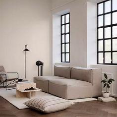 Sofá Modular: Los 10 Más Cómodos y Elegantes X Coffee Table, Coffee Table Styling, Black Floor Lamp, Modular Sofa, Danish Design, Furniture Making, Interior Inspiration, Furniture Design, Minimalism