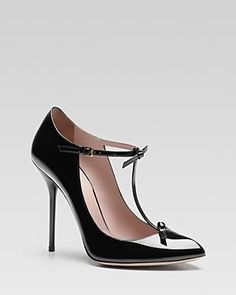 Gucci - I LOOOOOOOOVE THESE!! I want them much more than a red sole pair hehe!!