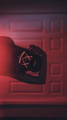 52 Ideas Wallpaper Sperrbildschirm Black For 2019 Red Aesthetic Grunge, Devil Aesthetic, Badass Aesthetic, Bad Girl Aesthetic, Aesthetic Vintage, Aesthetic Pastel, Bad Girl Wallpaper, Neon Wallpaper, Tumblr Wallpaper