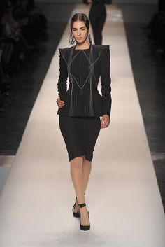 http://www.style.com/slideshows/fashion-shows/spring-2009-couture/jean-paul-gaultier/collection/6