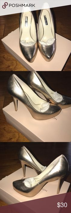 BCBG SEXY PUMP Metallic BCBG SEXY PUMP Metallic 61/2 3 inch BCBGeneration Shoes Heels