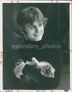 December 5, 1977. This morning, a nameless kitten was taken from a Canadian Humane Society shelter to act the role of a Christmas present in the 'Nutcracker' production. Mikhail Baryshnikov, incorrigible collector of stray animals and all-around softy, took the kitten in his arms and mewed with her for a long time. Misha called her Kissa. (by CBS feature)