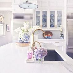 Hydrangeas make any kitchen pop...
