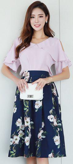 StyleOnme_Elegant Floral Print Tea Length Flared Skirt #floral #elegant #feminine #koraenfashion #kstyle #kfashion #summertrend