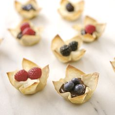 Looking for something a bit different to snack on? Try these Philadelphia White Chocolate Berry Won Ton Cups!