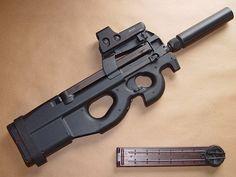 Subfusil FN P90 Herstal Calibre 5,7 x 28 mm
