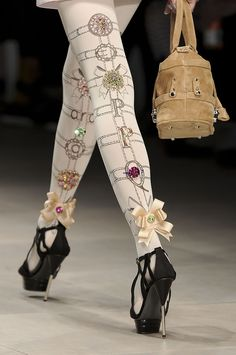 PPQ: tights are very Marie Antoinette High Fashion, Womens Fashion, London Fashion, Fashion News, Stocking Tights, Tight Leggings, Marie Antoinette, Corsets, Fashion Details
