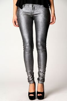 Skinny jeans are every supermodel's secret weapon. Streamline your silhouette with spray on jeans from boohoo Australia, available in a range of colours and styles. Metal Fashion, Denim Fashion, Womens Fashion, Metallic Jeans, Silver Jeans, Mix And Match Fashion, Disco Pants, Pants Outfit, Colored Jeans