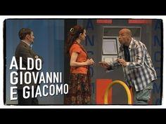 Al museo di arte moderna (3 di 3) - Anplagghed | Aldo Giovanni e Giacomo - YouTube