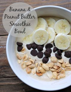 This Banana Peanut Butter Smoothie Bowl makes a delicious breakfast! Banana and peanut butter blended with coconut milk and then topped with sliced banana, dark chocolate chips, and peanuts to create a thick and creamy delicious smoothie bowl.
