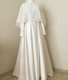 New Dress Brokat White Ideas Source by dsweetdreamer brokat Source by jazminecoconnorjazmine brokat Muslim Wedding Gown, Muslimah Wedding Dress, Muslim Wedding Dresses, Wedding Hijab, Wedding Gowns, Kebaya Muslim, Muslim Dress, Dress Brokat Muslim, Kebaya Dress