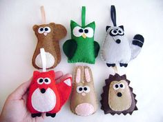 10 Fall Kids' Crafts - some fun and different ideas Kids Crafts, Fall Crafts For Kids, Felt Crafts, Fabric Crafts, Sewing Crafts, Sewing Projects, Craft Projects, Craft Ideas, Felt Ornaments
