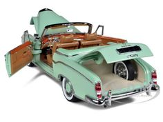 1958 Mercedes 220SE Open Convertible Green 1 18 Diecast Car Model